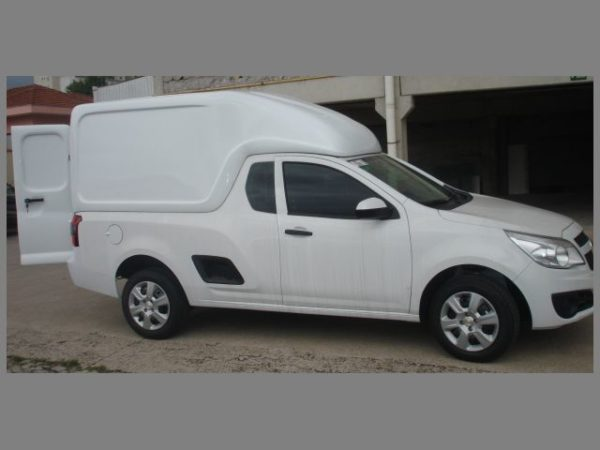 Folha Dupla – Capota de Fibra Chevrolet Montana Capotas, Furgões e Tampões para Chevrolet Montana