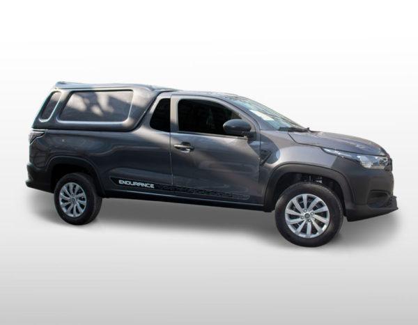 Lateral Fechada – Capota de Fibra Fiat Strada 2020/21 Cabine Dupla - Freedom / Endurance
