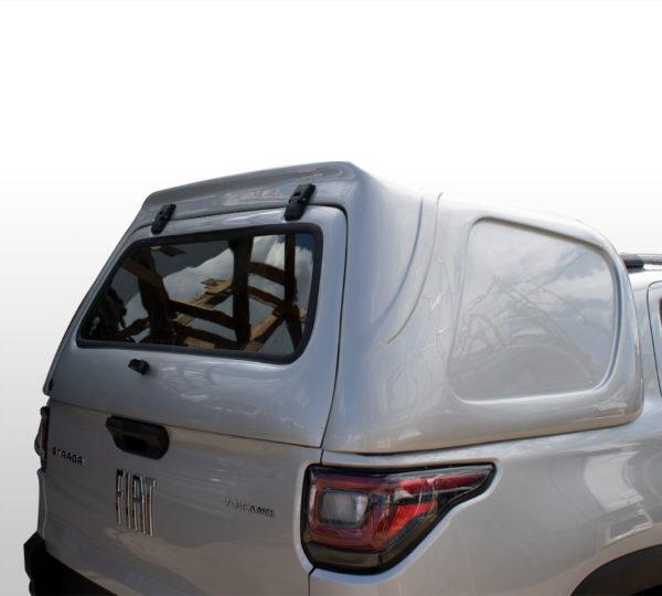 Lateral Fechada – Capota de Fibra Fiat Strada Cabine Dupla - Volcano